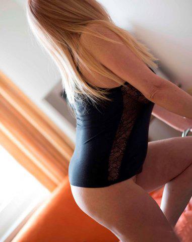 ΈΜΠΕΙΡΗ Σέξι Ελληνίδα = και τα ιδιαίτερα γούστα = - Εικόνα3