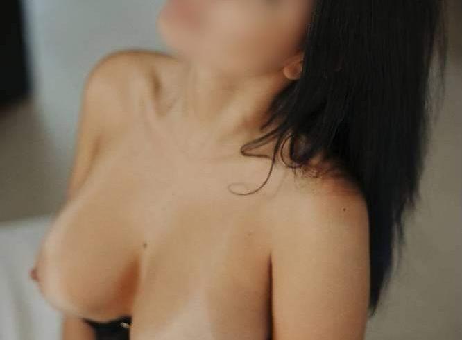 Έχω σώμα με πολύ σέξι αναλογίες και πλούσιο στήθος. - Εικόνα1