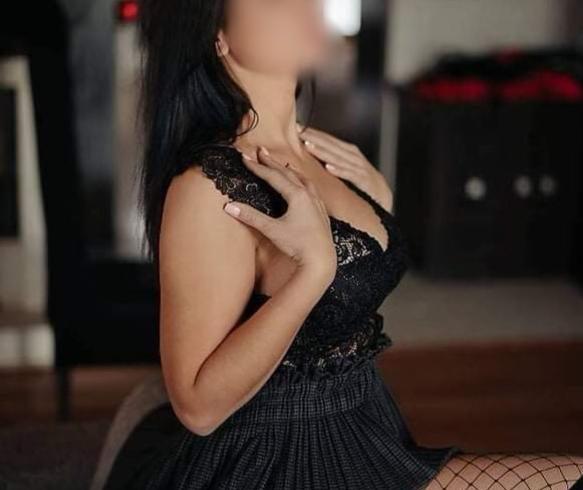 Έχω σώμα με πολύ σέξι αναλογίες και πλούσιο στήθος. - Εικόνα5