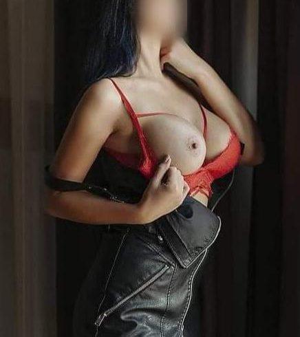 Έχω σώμα με πολύ σέξι αναλογίες και πλούσιο στήθος. - Εικόνα7