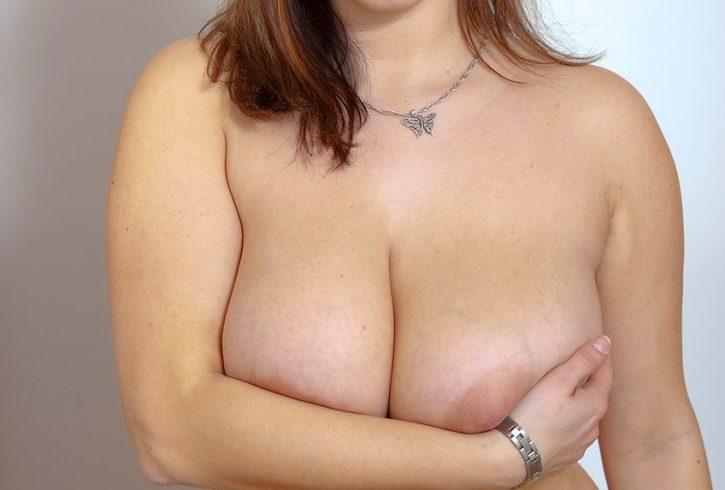 ζουμερή και ευτραφούλα 33χρονη Ελληνίδα - Εικόνα1